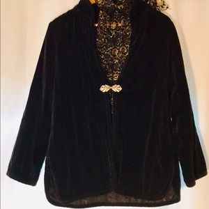 Velvet Vintage Blazer w/Silver Clasp